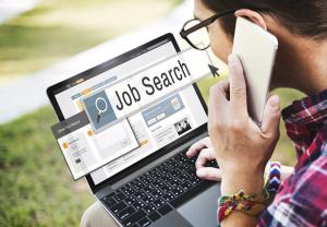How is mpowero platform assisting job seekers
